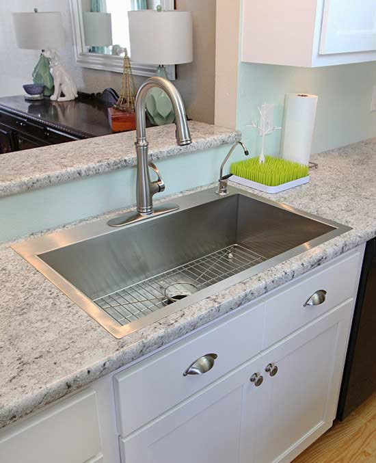 kicthen countertops Rabb and Howe Cabinet Top Co. Indianapolis IN 46205